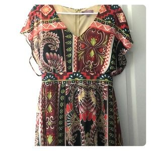 Dresses & Skirts - Long floral dress with short sleeves