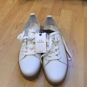 ZARA NWT Leather Sneakers