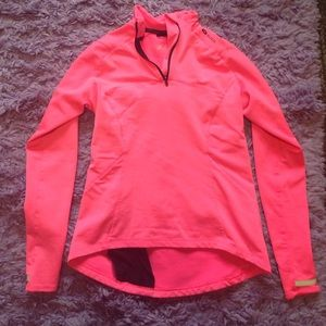 Sugirió work out top