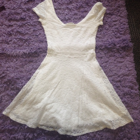 Abercrombie & Fitch Dresses - Lacy dress