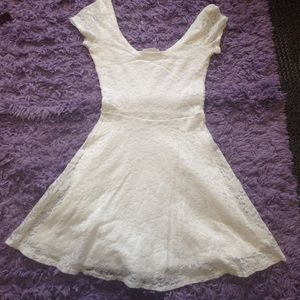 Abercrombie & Fitch Dresses & Skirts - Lacy dress