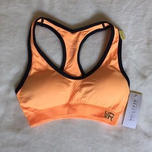 Kenneth Cole Reaction Other - Kenneth Cole sports bra