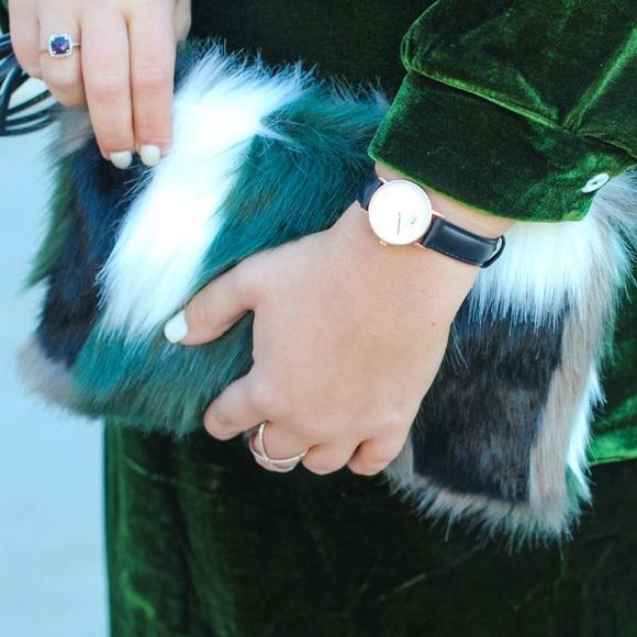 Vera Bradley Handbags - Vera Bradley Faux Fur Clutch!