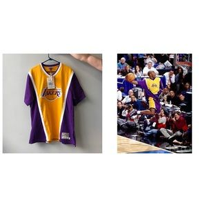 Mitchell & Ness Other - Los Angeles Lakers authentic shooting shirt.