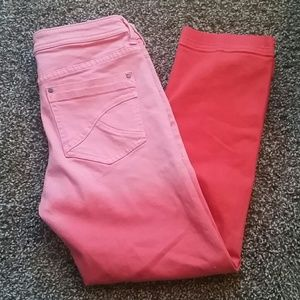 Tommy Bahama Denim - Tommy Bahama red/pink ombre crop jeans size 4