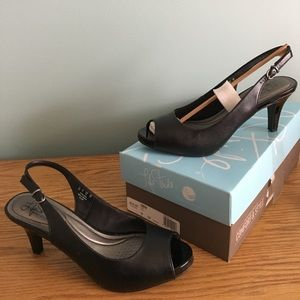 Life Stride Shoes - Life stride teller heels in black