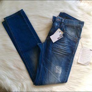Love Moschino Denim - NWT Love Moschino Jeans - Sz 29