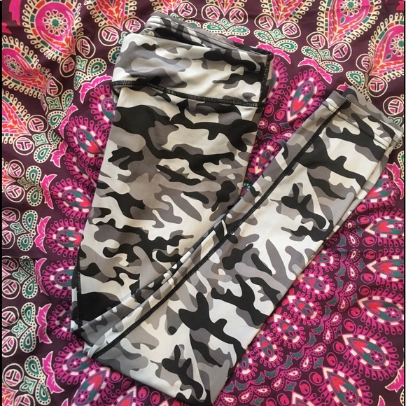 0606905878745 aspire Pants | Blackwhite Camo Leggings | Poshmark