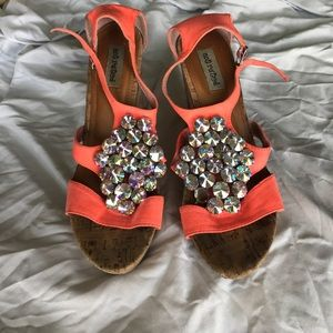 Shoes - Bke wedges
