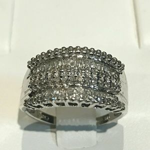 Jewelry - 14k white gold diamond ring