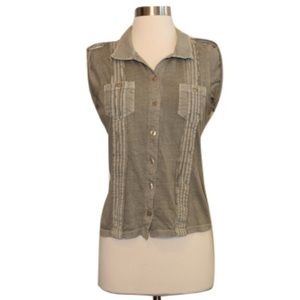 Free People Tops - Free People Sz S Faded Green Button Up Top EUC
