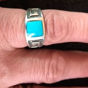 Jewelry - Sterling silver turquoise inlaid ring