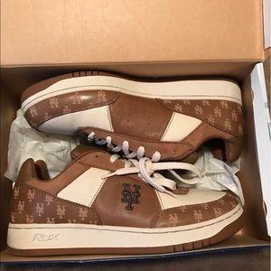 Size 3 Reebok Ny Mets Sneakers Size 13