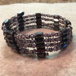 Jewelry - Magnetic bracelet 🐾