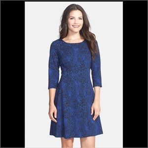 Taylor Dresses & Skirts - NWT blue black animal print fit and flare dress