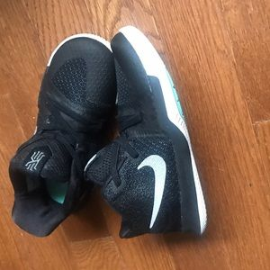 Nike Other - Size 10 child Kyrie 3/ fits like a size 9