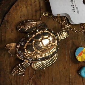Sea turtle necklace!