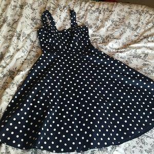 Sara Dresses & Skirts - 50's Dress w/ petticoat!!