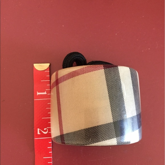 e8caaa103892 ... official store burberry hair tie f4a2f fa7f0 ...