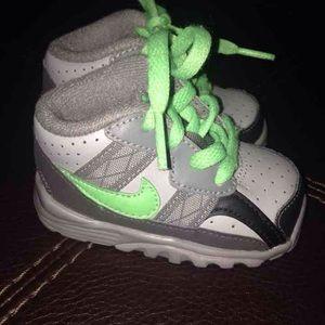 Nike Other - Nike sz 3c