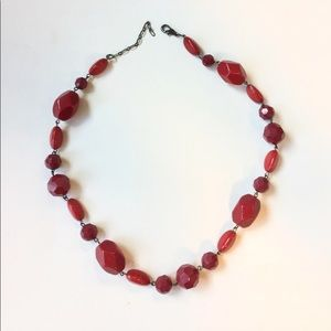 Jewelry - Red necklace with clasp