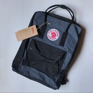 Fjallraven Handbags - Fjallraven Kanken back pack