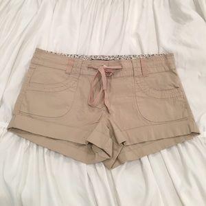 Forever 21 Pants - FOREVER 21 NWT! Khaki Shorts w/ Drawstring (SZ 28)