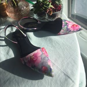 Anthropologie Shoes - Seychelles flats