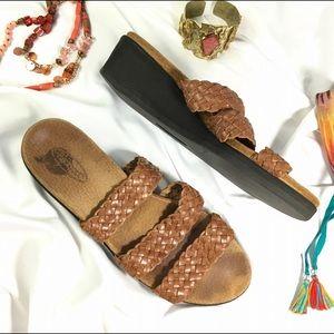Rockport Shoes - ROCKPORT Woven Triple Leather Strap Sandals