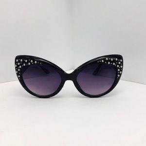 ♥️BOGO♥️New Studded Black Oversized Cat Eye