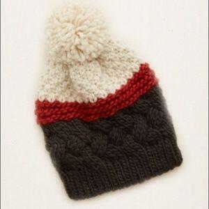 aerie Accessories - Aerie knit beanie with pom