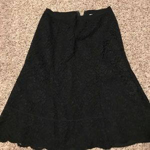 Black lace skirt from Old Navy. Size 6