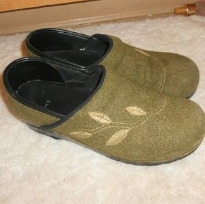 Dansko Shoes - Dansko green felted/wool clogs 39