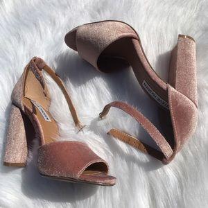 Steve Madden Shoes - Steve Madden Pink Blush Gonzo CarsonV Velvet Heels