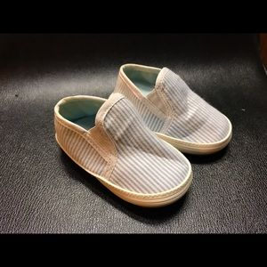 Mud Pie Other - Baby shoes .