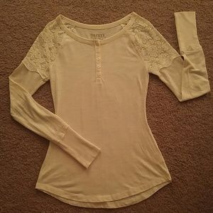 Lacey long sleeve shirt
