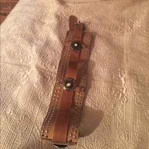 Accessories - Stunning vintage leather belt