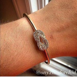 Jewelry - ✨Last One!!✨ Infinity Pavé Knot Bangle