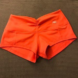 Mika Yoga Wear Pants - Mika yoga shorts s/m