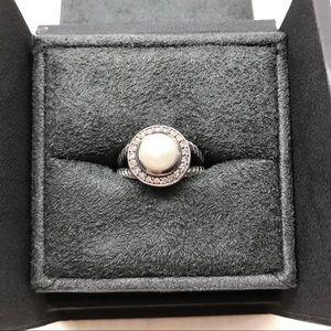 David Yurman Jewelry - David Yurman Petite Cerise Ring w/ Pearl&Diamonds