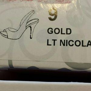 Lulu Townsend Shoes - Lulu Townsend gold heel sz 9