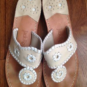 Shoes - Jack Rogers classic thong Sandal
