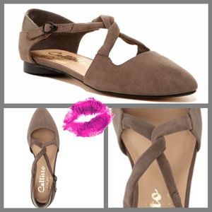 Callisto Shoes - Callisto Twist Strap Flats