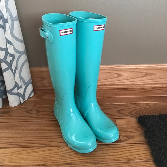 Hunter Tiffany Blue Rain Boots Never