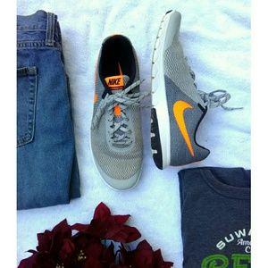 Nike Other - Men's Nike Flex Experience Run 5 Training Shoes