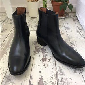 Frye Dara Chelsea Boots