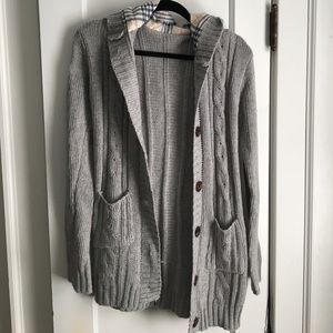 Sweaters - Grey cardigan with hood