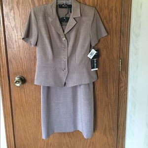 Sag Harbor Dresses & Skirts - NWT Jacket and Skirt Set
