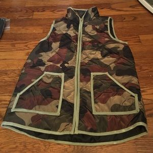 Jackets & Blazers - Camo vest new!