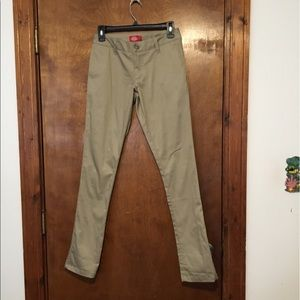Dickies Pants - 🆑 Final Price‼️Never Worn! Dickies Khaki Pants